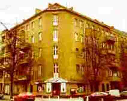 171 Berliner Makler verkauft Mietshaus am Reuterplatz Neukölln