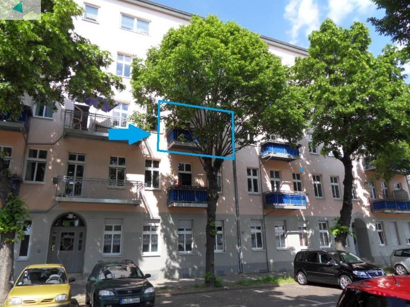 Immobilienmakler verkauft in Berlin-Schöneweide Altbauwohnung