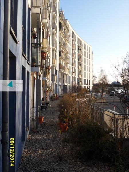 immobilienmakler in berlin verkauft wohnung wasserlage spandau 240. Black Bedroom Furniture Sets. Home Design Ideas